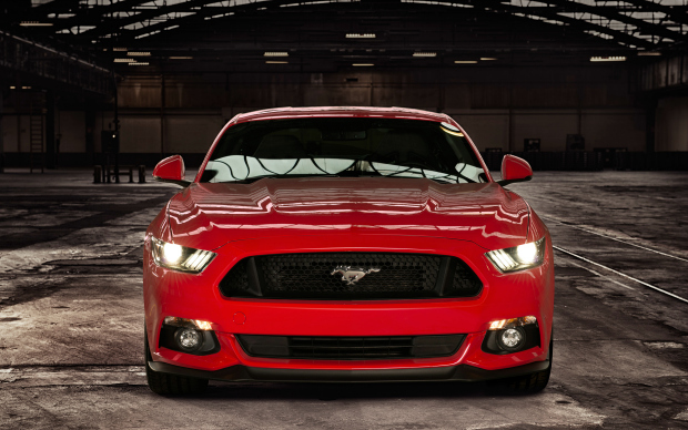 Ford_Mustang_2015_Front-Shot